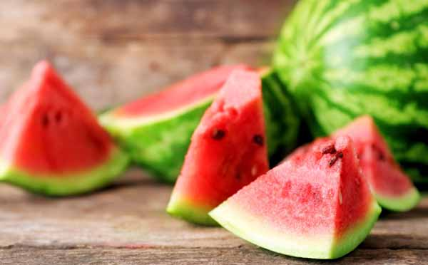10 Watermelon Nutrition Facts and Health Benefits